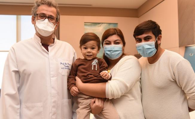 Minik Kalbi 3 Yılda 4 Ameliyatla Düzeltildi
