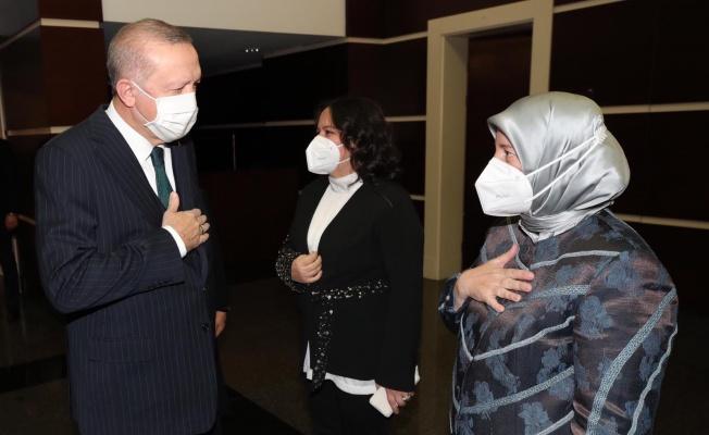 AK Kadın Teşkilatları Vekil Gözgeç'e Emanet