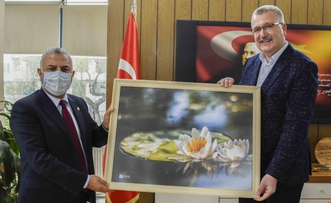 Başkan Özkan, Hatay Milletvekili Şanverdi'yi Karacabey'de ağırladı