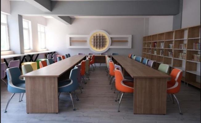 Bursa'da 33 Okulun Kütüphanesi Yenilendi