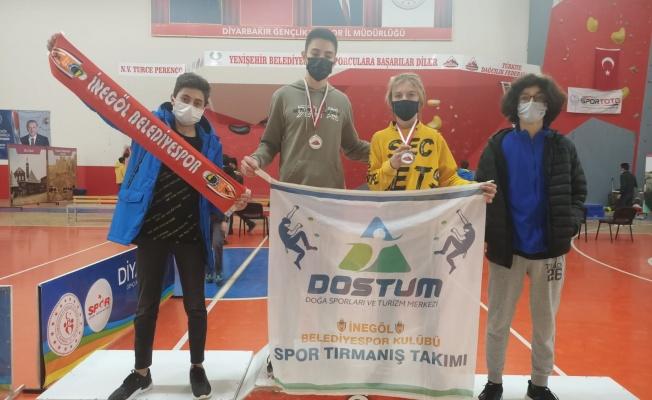 'Türkiye Şampiyonu' DOSTUM'dan