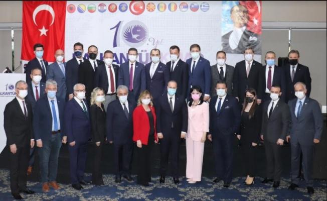 BALKANTÜRKSİAD'da Yeni Başkan Fatih Şakir