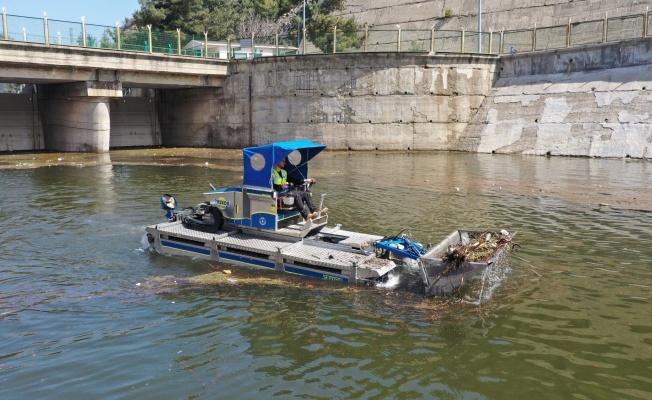 Barajda hummalı temizlik