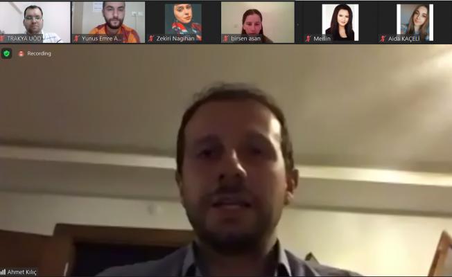 Ak Partili Kılıç, K. Makedonyalı Öğrencilerle Bayramlaştı