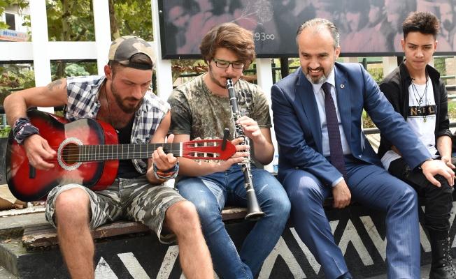 Bursa'da sokaklar müziğin ritmiyle şenlenecek