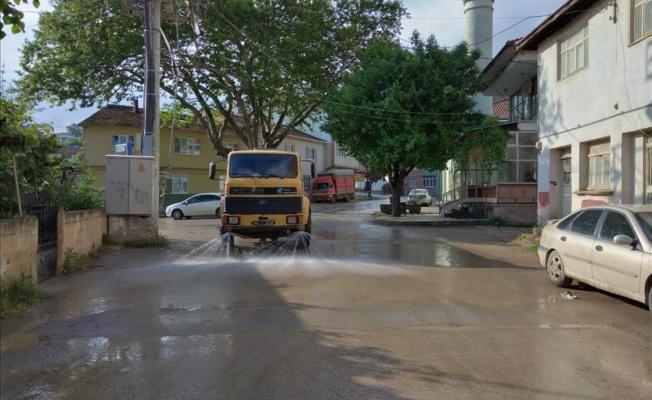 İnegöl Belediyesi'nden Hummalı Bayram Temizliği