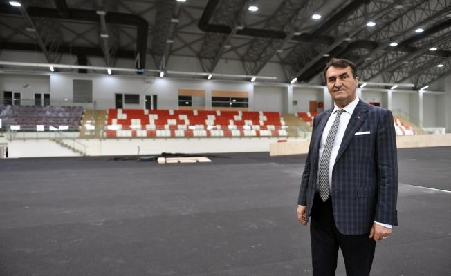Osmangazi Atletizm Salonu Açılış İçin Gün Sayıyor