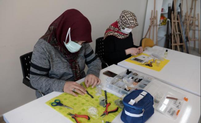 OSMEK Ev Hanımlarına İş İmkanı Sağlıyor