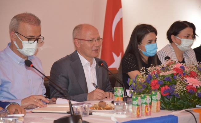 Başkan Gürkan, Mudanya'da mahalle başkanları ile bir araya geldi