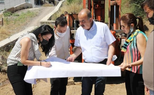 Mudanya kapalı pazar yeri'nde zemin etüt çalışması başladı