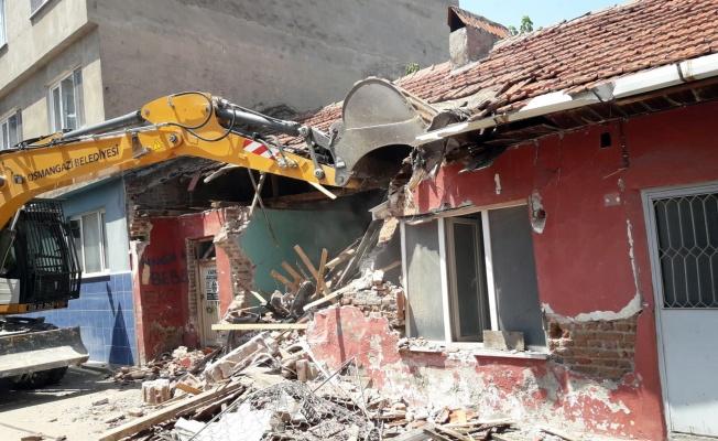Osmangazi'de Metruk Bina Seferberliği