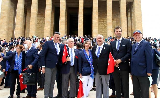 Türkiye Rotaryenleri Anıtkabir'de Buluştu