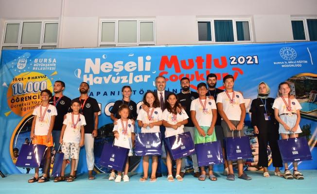 Bursa'da yüzme bilmeyen çocuk kalmadı
