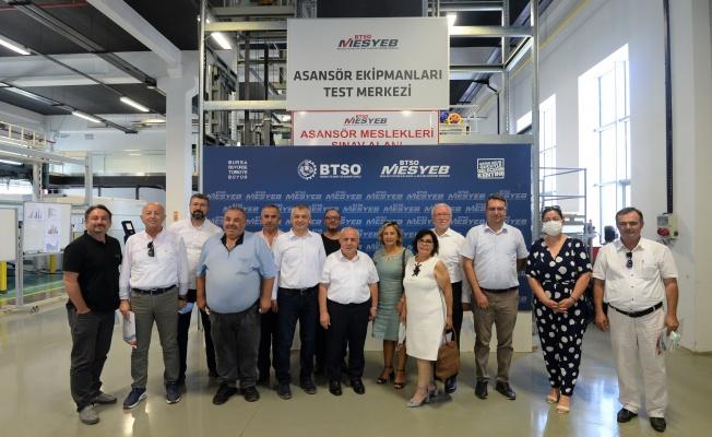 """Türkiye ASFED """"Asansör Güvenlik Ekipmanları Test ve Geliştirme Merkezi""""ni Ziyaret Etti"""