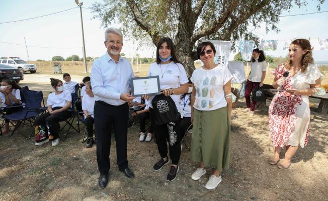 Çocuklar hazırladıkları projeleri Başkan Erdem'e sundu