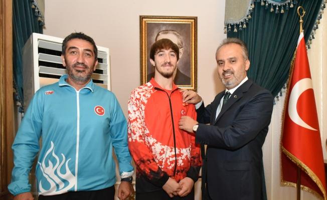 Milli atlet Bursa'nın gururu oldu