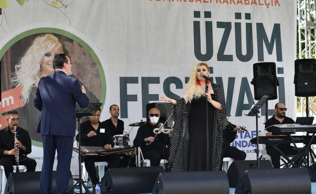 Üzüm Festivali'nde Konser Coşkusu