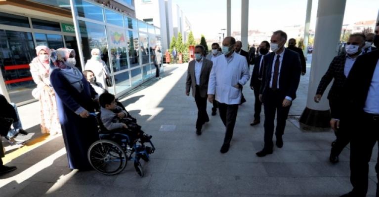 İnegöl'de 2 Engelli Şarj İstasyonu Daha Hizmete Alındı