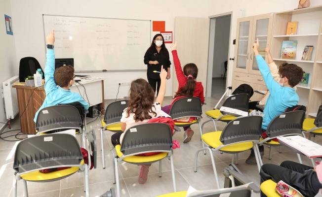 Kadın ve Çocuk Akademisi Fethiye Mahallesi'nde faaliyette