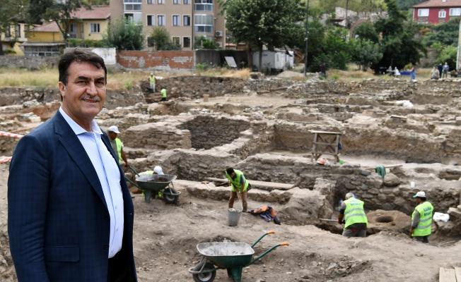 Şehrin Kalbinde 2 bin 400 Yıllık Zaman Yolculuğu