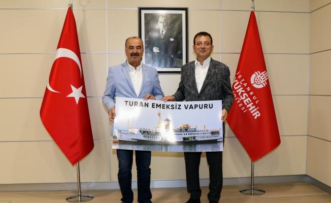 Turan Emeksiz Vapuru müze için İstanbul'a gidiyor