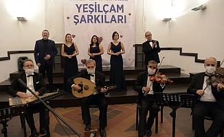 Unutulmaz Melodiler Osmangazi'de Yankılandı