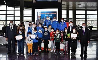 Online Satranç Turnuvasında Ödül Heyecanı
