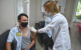 Bursa'da ulaştıran ekibe mobil aşı